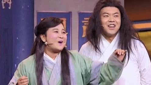 姜昆和周炜等人表演的作品,衣服穿着让人大笑不已!